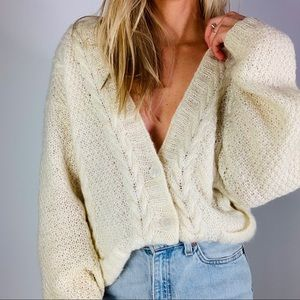Vintage mohair cream cable knit cardigan sweater